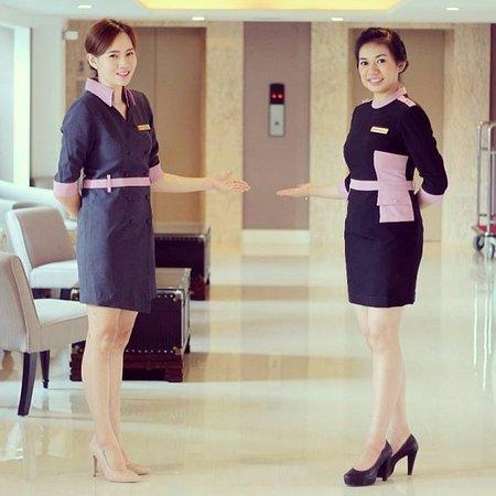 hotel lobby attendant