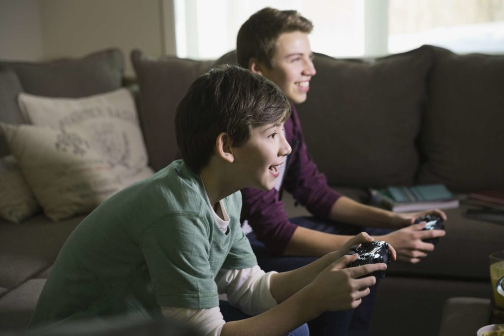 Play Online Game